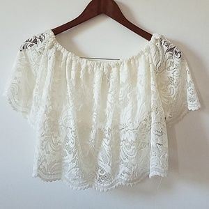 Ambiance off the shoulder lace top. White, M
